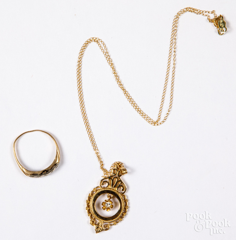 14K gold and diamond necklace, with a ring