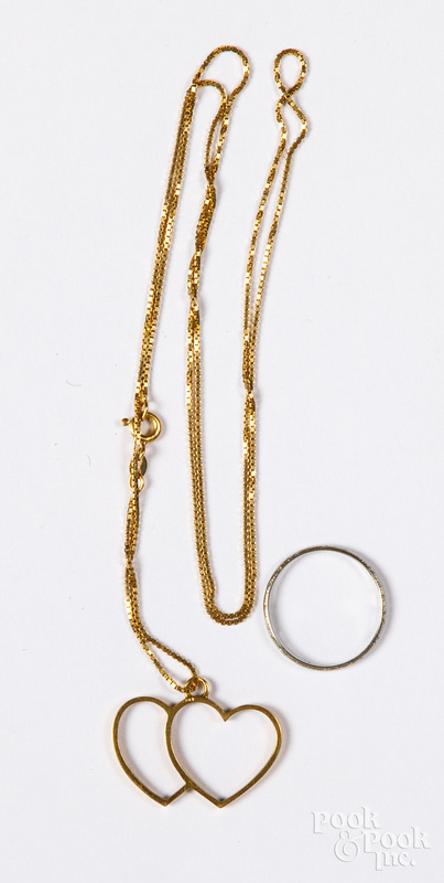 18K gold ring and necklace