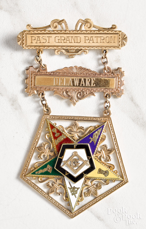 14K gold Order of the Eastern Star Masonic pin