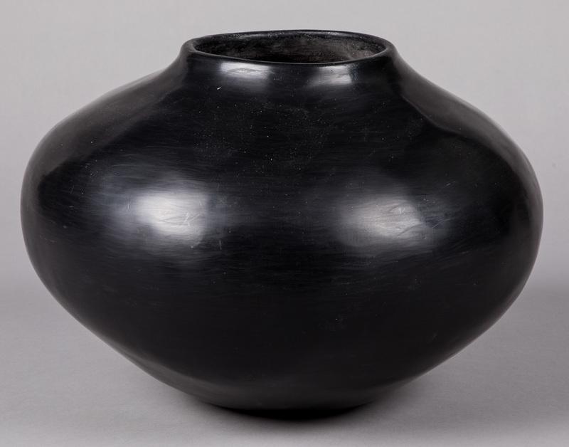 Large Pueblo Indian blackware pottery storage jar