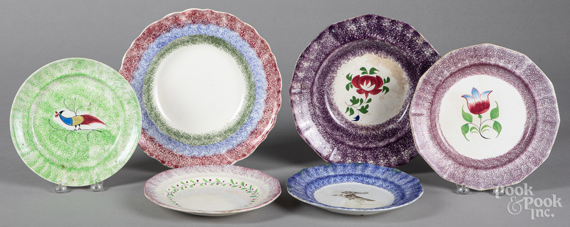 Six spatter plates and shallow bowls