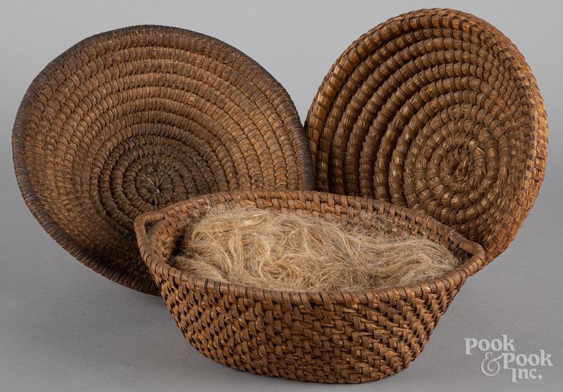 Three rye straw baskets, 19th c.