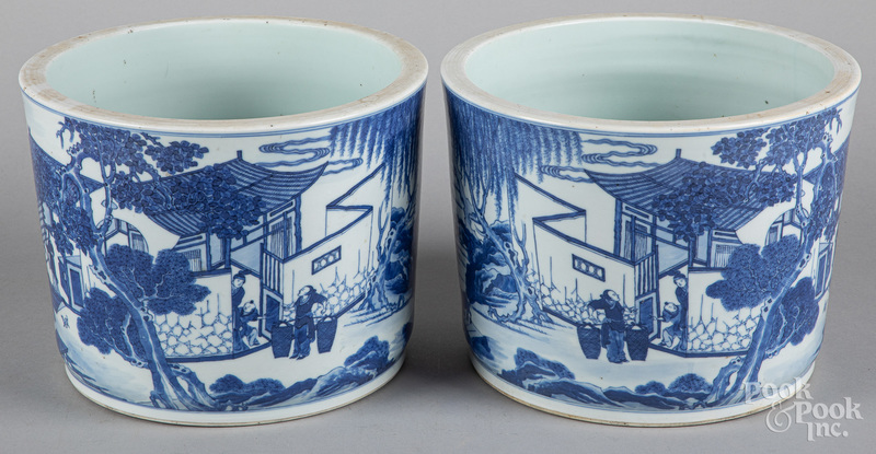 Chinese blue and white porcelain cache pots