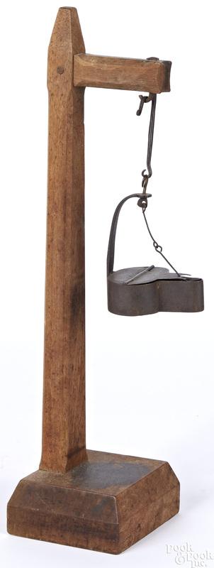 Iron fat lamp