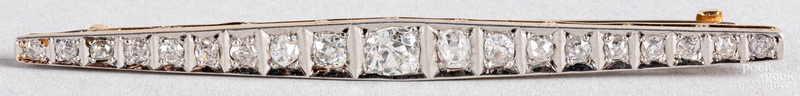 14K white gold with platinum top diamond brooch