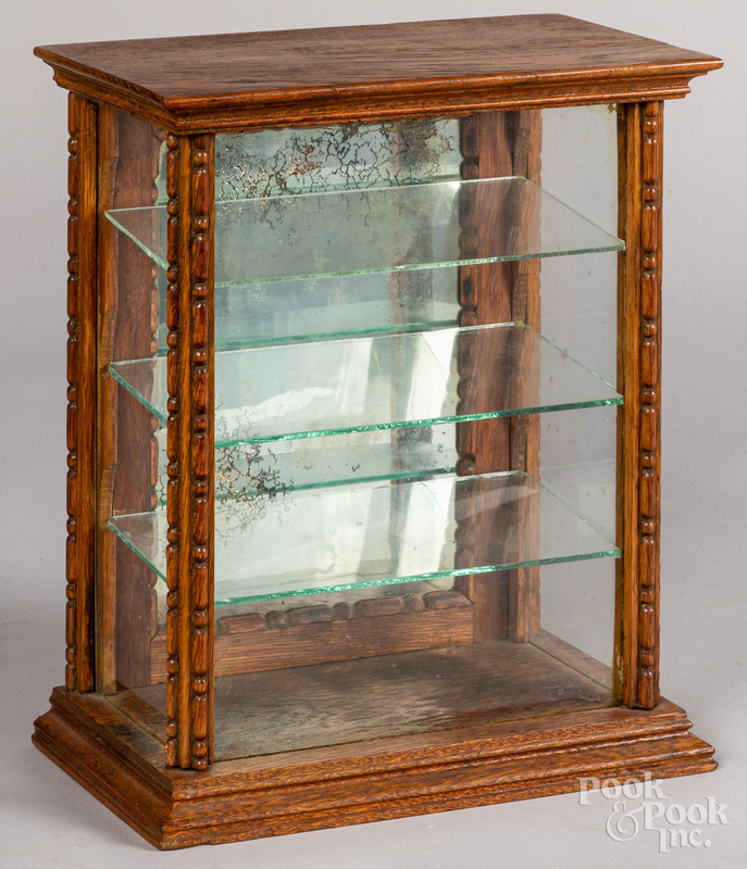 Small oak countertop showcase, late 19th c.