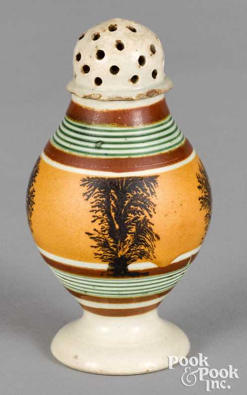 Mocha pepperpot, with seaweed decoration