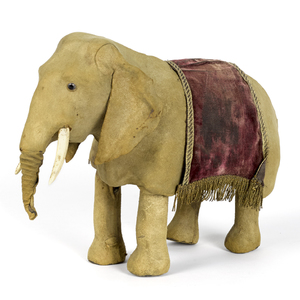 French Decamp clockwork walking elephant, 9 3/4