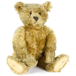 Steiff mohair teddy bear, early 20th c., with shoe