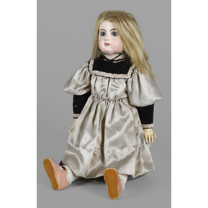 E. 8 J. Jumeau doll with a bisque socket head, blu