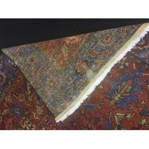 Heriz carpet, ca. 1920, 12' x 9'6