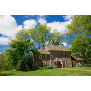 The Jonathan Custer House, please click here for additional photographs