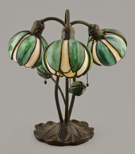 Handel water lily bronze table lamp, ca. 1910, wit