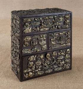 Chinese oak valuable chest, 19th c., with appliedm