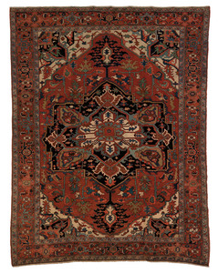 Serapi carpet, ca. 1900, with a blue medallion on
