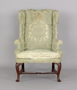 Queen Anne mahogany easy chair, ca. 1745, with ser