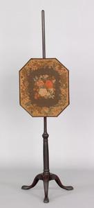 George II mahogany polescreen, mid 18th c., with o