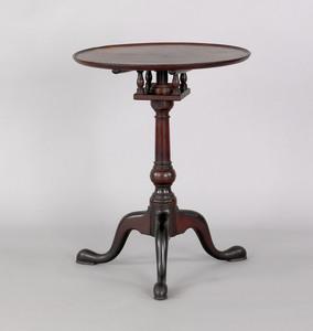 Philadelphia Queen Anne mahogany candlestand, ca.7