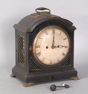 Georgian mahogany bracket clock, ca. 1800, with do