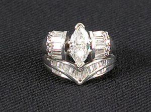 Ladies diamond ring, to include an engagement ring