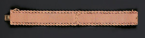 14K yellow gold bracelet with mesh center and rope
