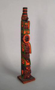 Northwest coast carved totem, early 20th c., witho