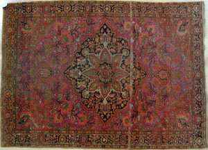 Sarouk Ferraghan carpet, ca. 1910, with a centrale