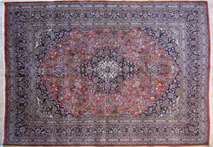 Roomsize Persian rug, 10'10