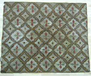 Hooked rug, early 20th c., with floral decoration.