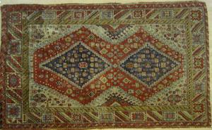Caucasian throw rug, early 20th c., 9'10