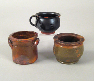 Two miniature redware crocks, late 19th c., 2 1/4