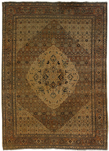 Roomsize Tabriz rug, ca. 1890, with a central meda