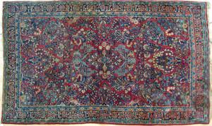 Sarouk throw rug, ca. 1920, 6'9