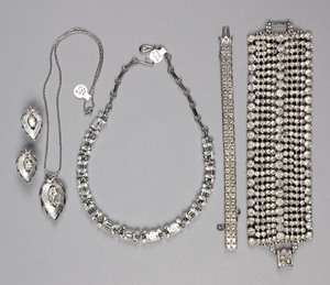 Rhinestone jewelry to include a Lisner necklace, a