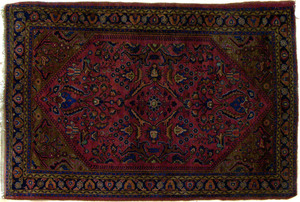 Sarouk throw rug, ca. 1920, 5'7