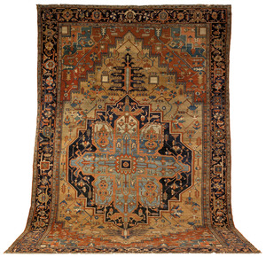 Serapi roomsize rug, ca. 1910, with a blue medalli
