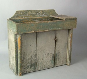 Painted pine drysink, early 19th c., retaining anl