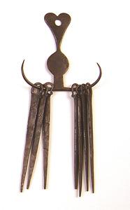 Pennsylvania heart shaped doublearm skewer holderi
