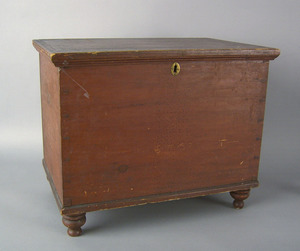 Pennsylvania pine diminutive blanket chest, mid 19