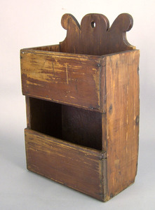 New England pine hanging box, late 18th c., with a