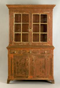 Pennsylvania pine Dutch cupboard, ca. 1800, in 2 p