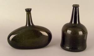 Green glass squat bottle, 18th c., 7