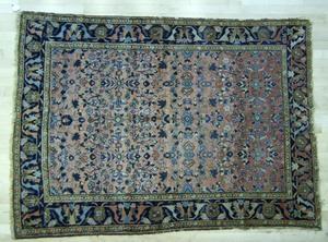 Sarouk throw rug, ca. 1930.