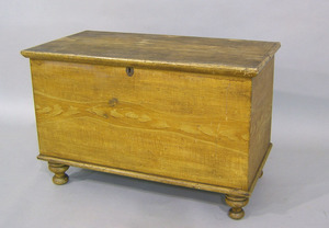 Pennsylvania grain painted blanket chest, 19th c.,