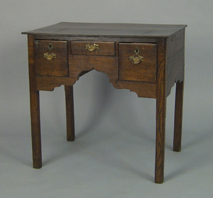 George III oak dressing table, ca. 1760, with 3 dr