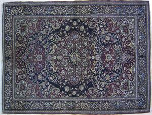 Isphahan throw rug, ca. 1900, with red medallion o