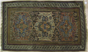 Shirvan throw rug, ca. 1900, with 3 medallions and