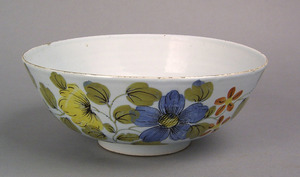 Liverpool delft Fazackerly bowl, mid 18th c., deco