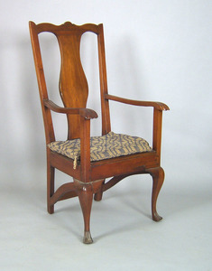 Pennsylvania Queen Anne walnut armchair, ca. 1750,