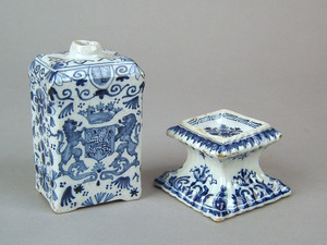 Dutch delft blue and white silver form salt and ar